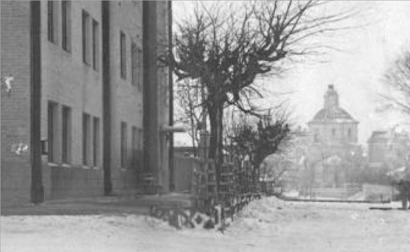 odigitrievskaya-church_corner-magnitogorskaya-krasnogvardeyskaya-strs_1930s